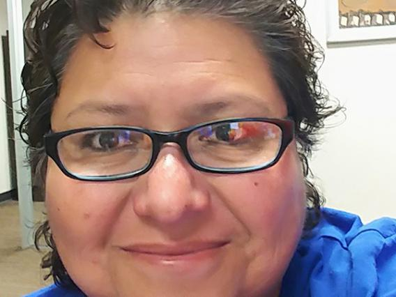 Esmie Avila photo profile